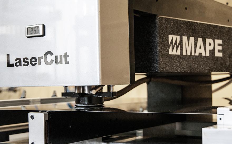 produkcja stalowych szablonów laserowych